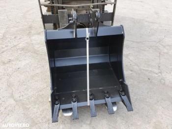 Cupa sapat buldoexcavator Komatsu WB93 - 60cm