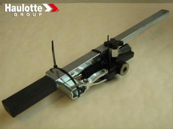 Pompa de mana pentru nacela verticala Haulotte Star 10