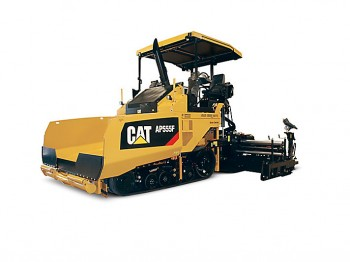 Repartizor de asfalt Caterpillar AP555F